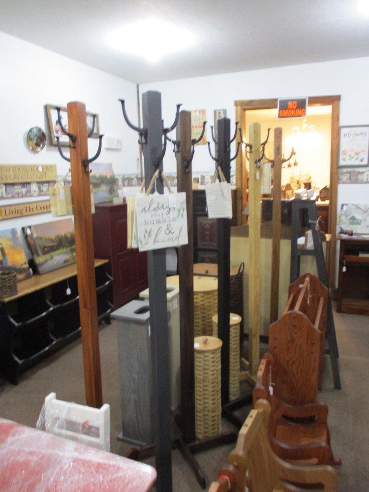 Ona's This & That Shop: 3271 State Rte 267, Meshoppen, PA