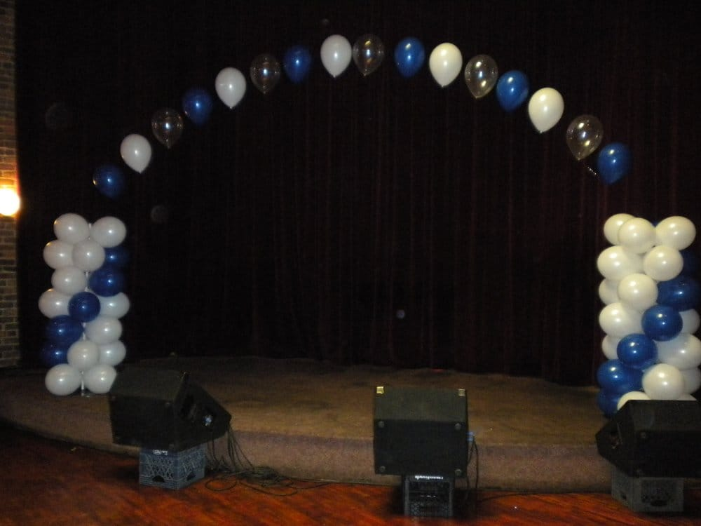Balloon stage decoration 5 foot balloon columns with arch for Balloon decoration for stage