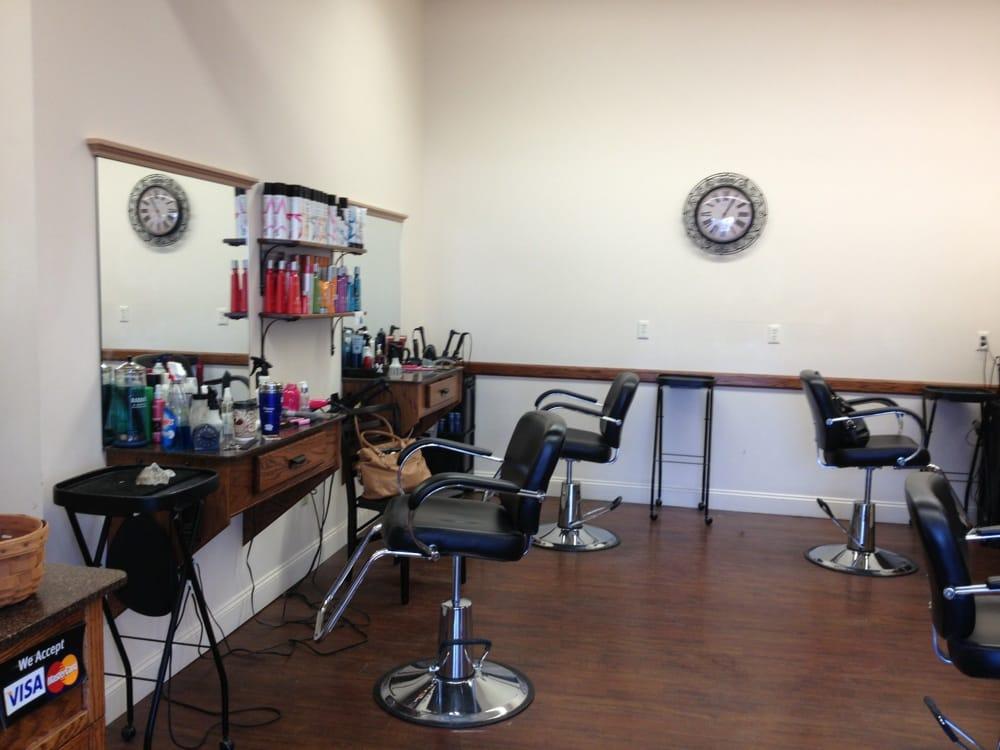 Bellezza Hair Salon: 74 N Main St, Florida, NY
