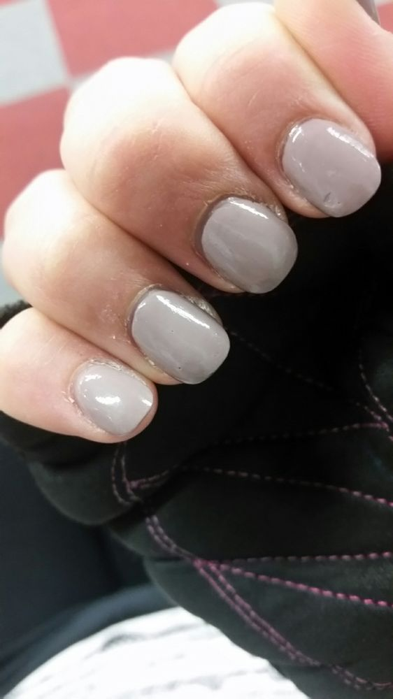 Do these look like freshly done nails to you?? No attention paid to ...