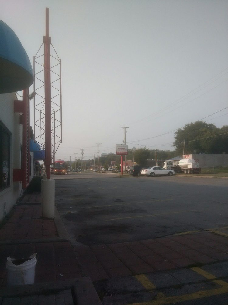 Jefferson Bus Lines: 1501 2nd Ave, Des Moines, IA