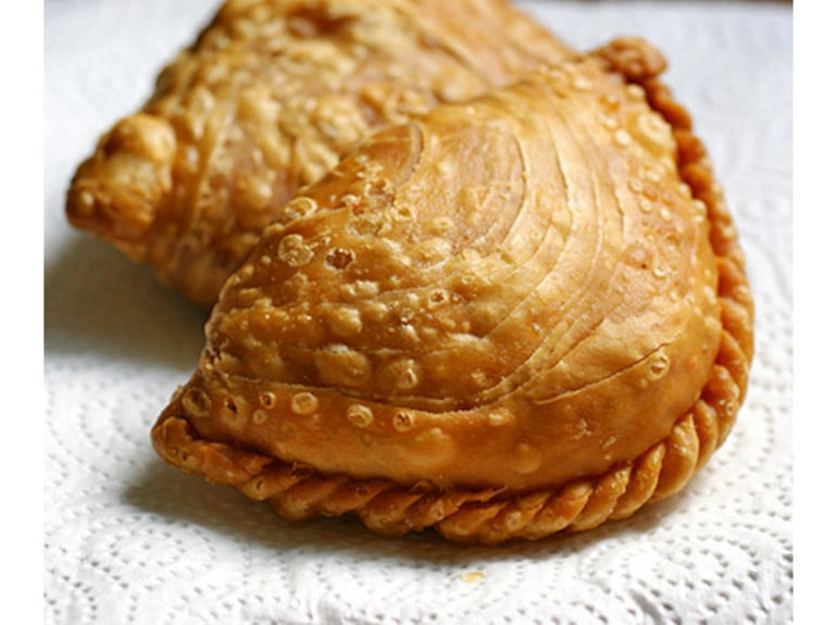 Tanglin Crispy Curry Puff