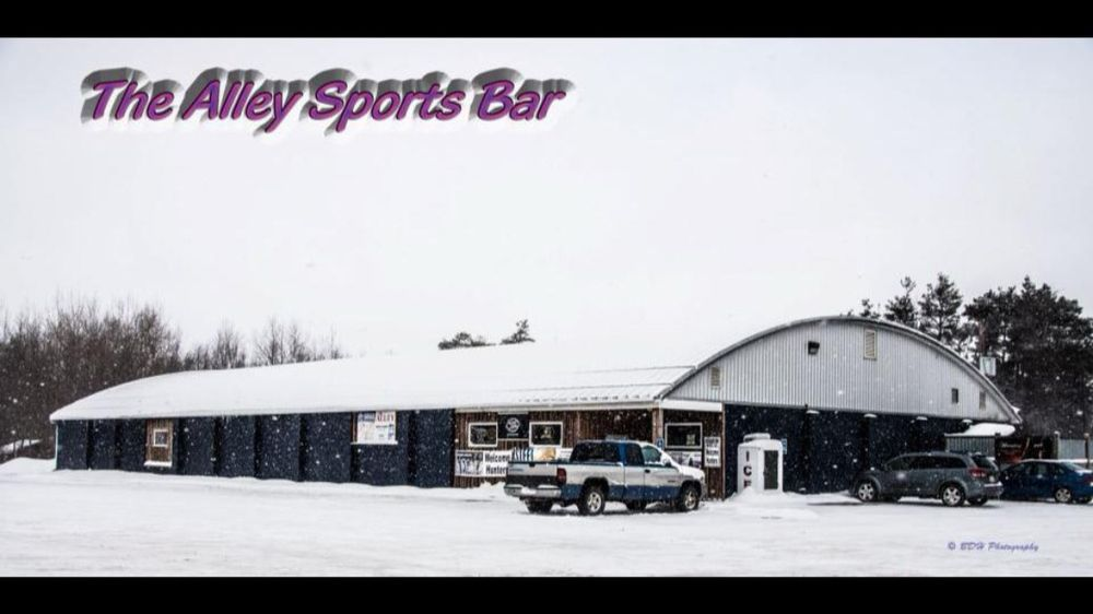 The Alley Sportsbar: 7648 Lincoln Hwy, Central City, PA
