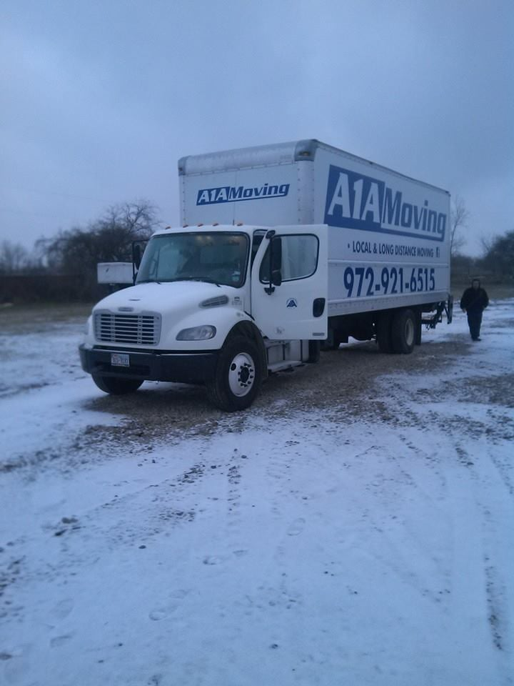 A1A Moving: 4710 N Interstate Hwy 45, Ennis, TX