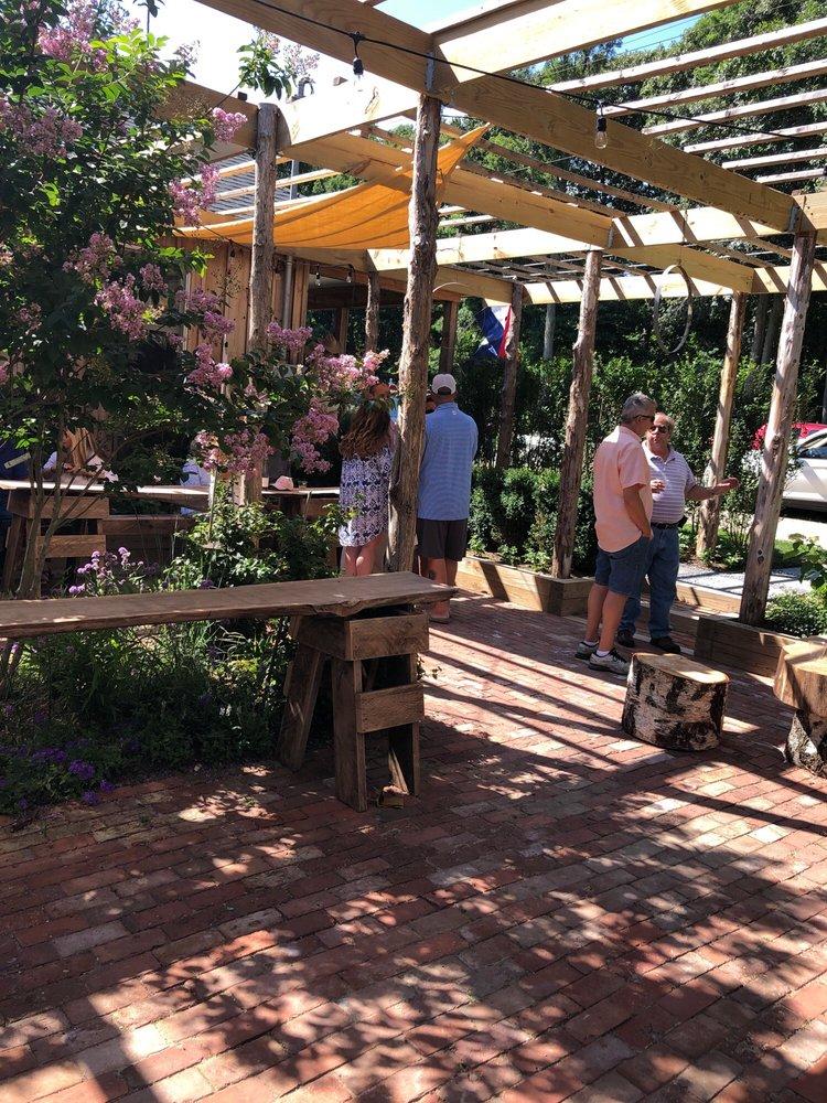 White Oak Farm & Garden