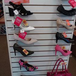 3562b573529 Payless ShoeSource - CLOSED - 14 Photos - Shoe Stores - 5101 ...