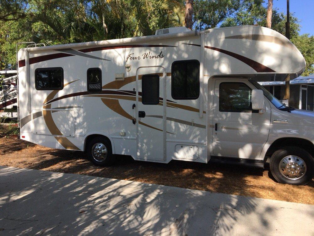 El Monte RV Rentals & Sales: 3800 W Colonial Dr, Orlando, FL