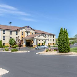 Photo Of Comfort Suites Rolla Mo United States