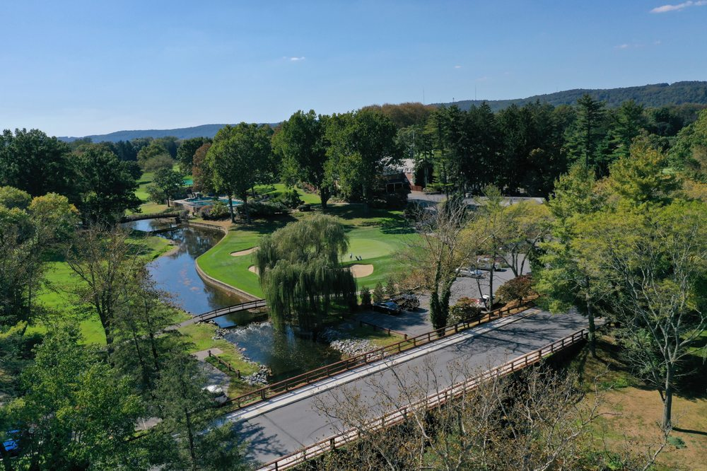 Saucon Valley Country Club: 2050 Saucon Valley Rd, Bethlehem, PA