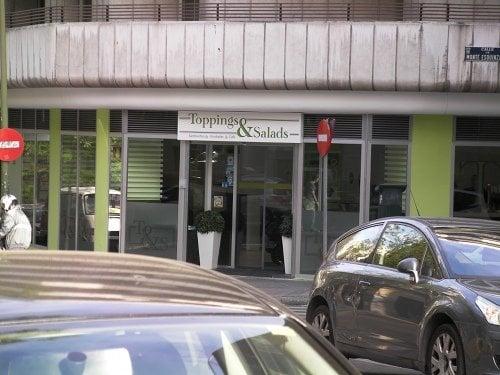 Toppings salads ensaladas calle del marqu s del for Calle marques de riscal