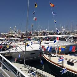 Newport Harbor Yacht Club Newport Beach Ca