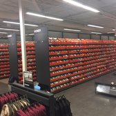 1e763c9e22e52f Nike Clearance Store - 15 Photos   29 Reviews - Sports Wear - 5209 ...