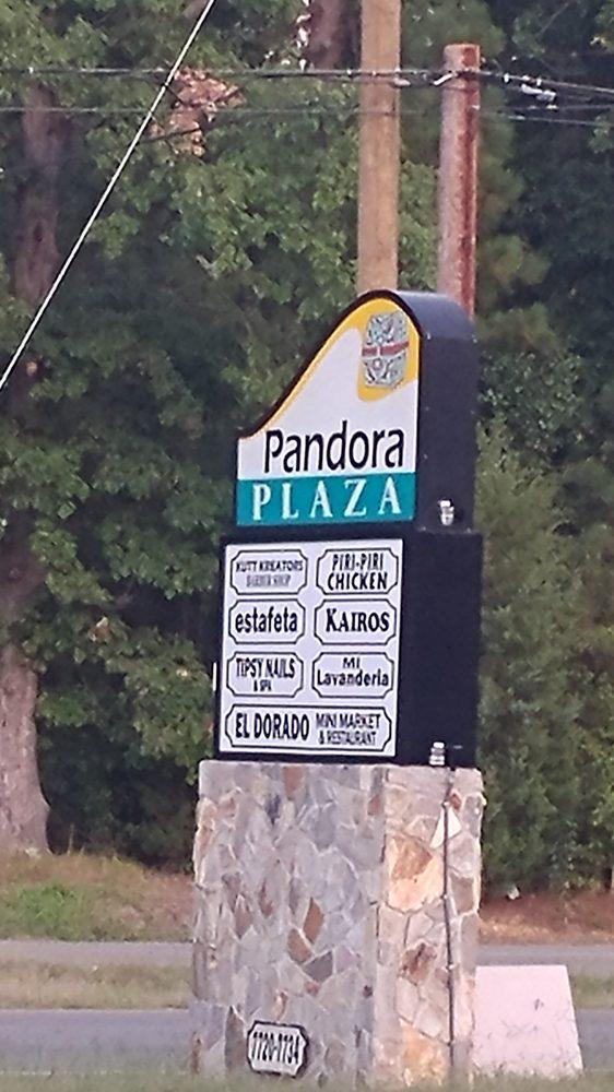 Pandora Plaza: 7720 Jefferson Davis Hwy, Richmond, VA