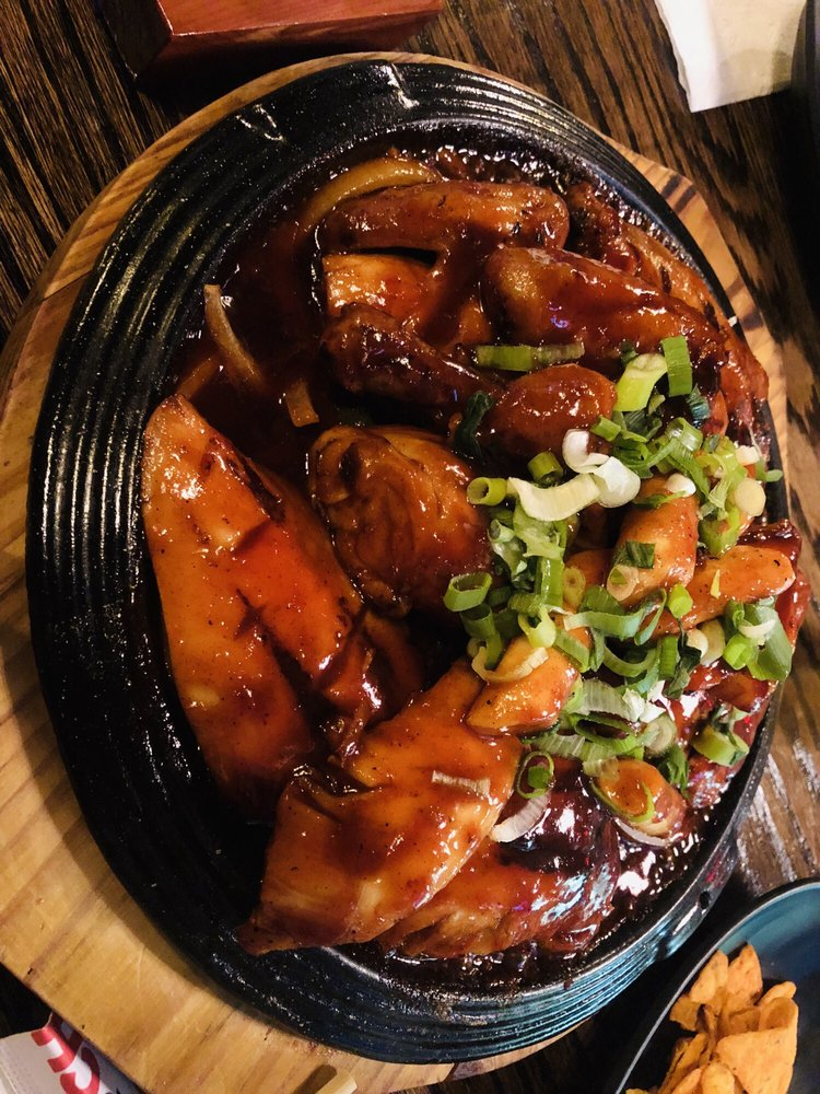 Gubnae Hoolala B.B.Q Chicken Pub: 153-02 Northern Blvd, Queens, NY