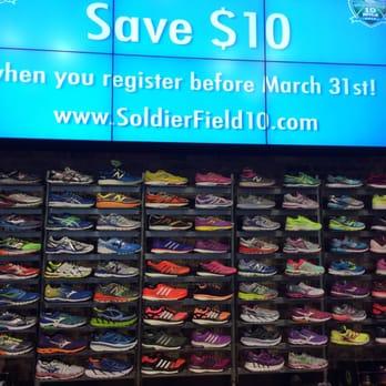 832dd284ad9a3 Fleet Feet - 18 Photos   58 Reviews - Sports Wear - 150 W Roosevelt ...