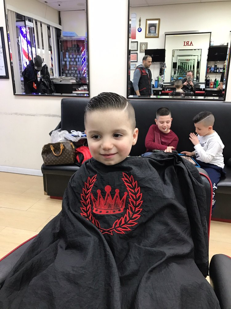 Royal Barbershop: 132-13A 14th Ave, College Point, NY