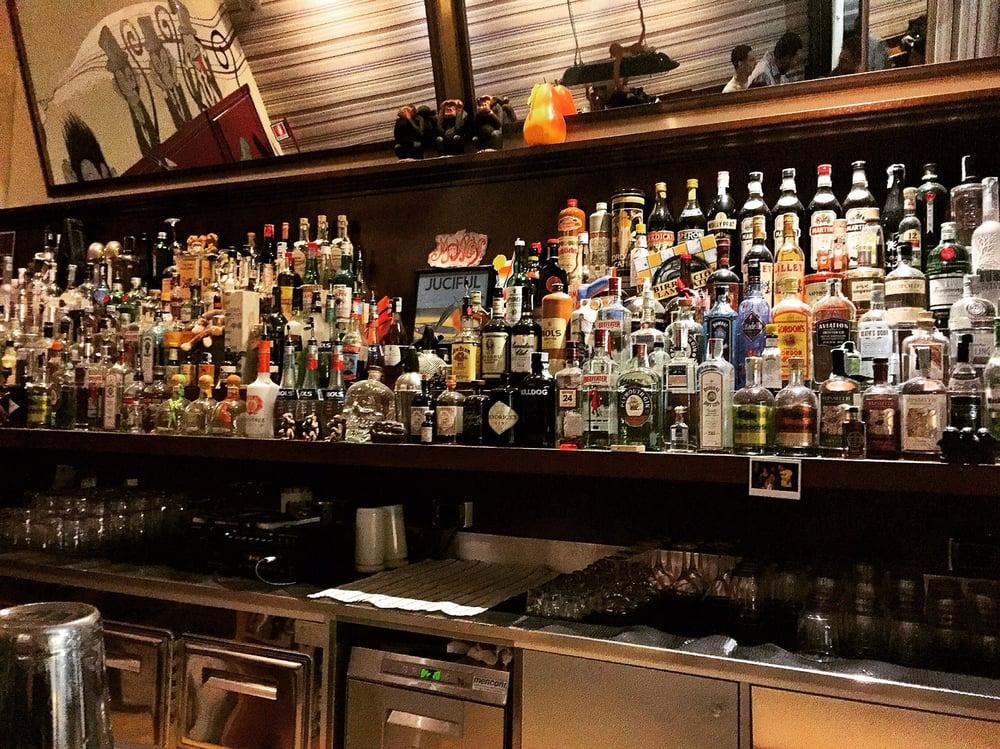 Monkey 35 foto e 16 recensioni cocktail bar via napo for Bar 35 food drinks milano