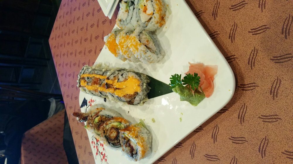 Fujiyama Japanese Steakhouse: 22 E West Newell Rd, Danville, IL