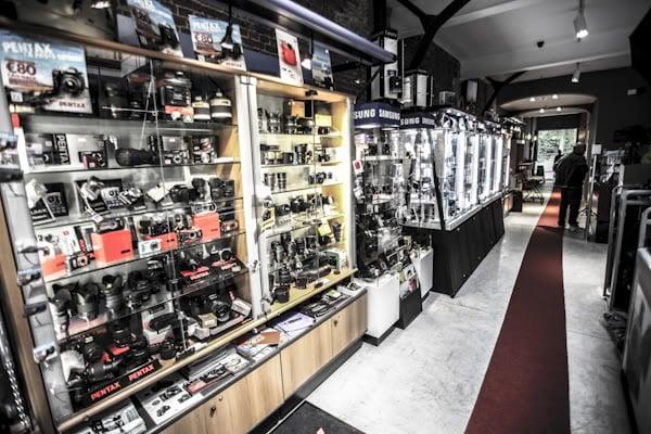 Studio francine camera shops bd du jardin botanique 41 for Bd du jardin botanique 50 1000 bruxelles