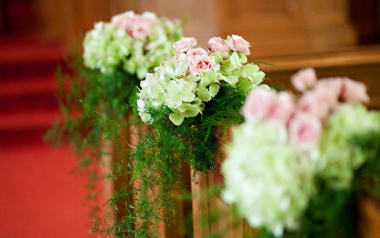 Bussey's Florist & Gifts: 302 Main St, Cedartown, GA