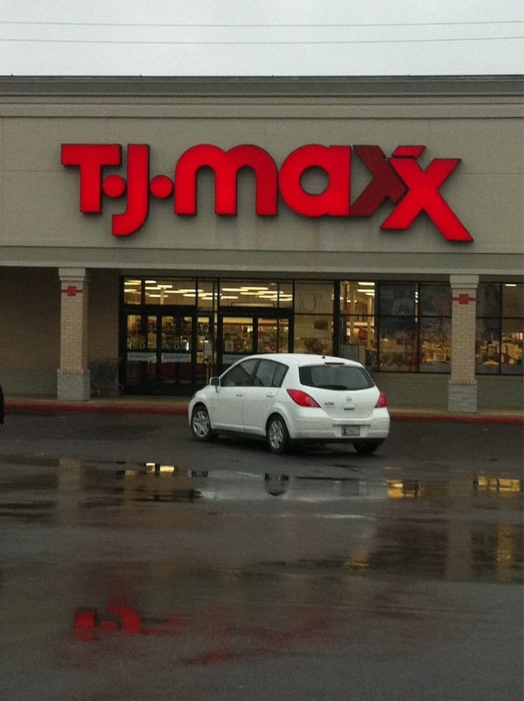 T J Maxx: 8365 Rogers Ave, Fort Smith, AR