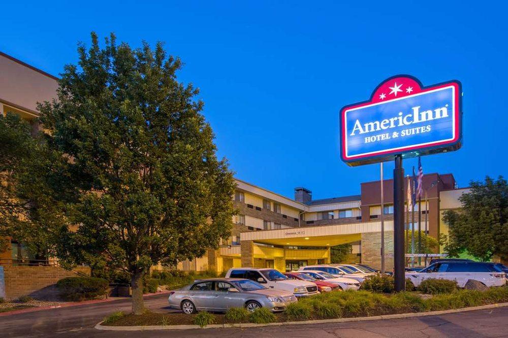 AmericInn by Wyndham Omaha