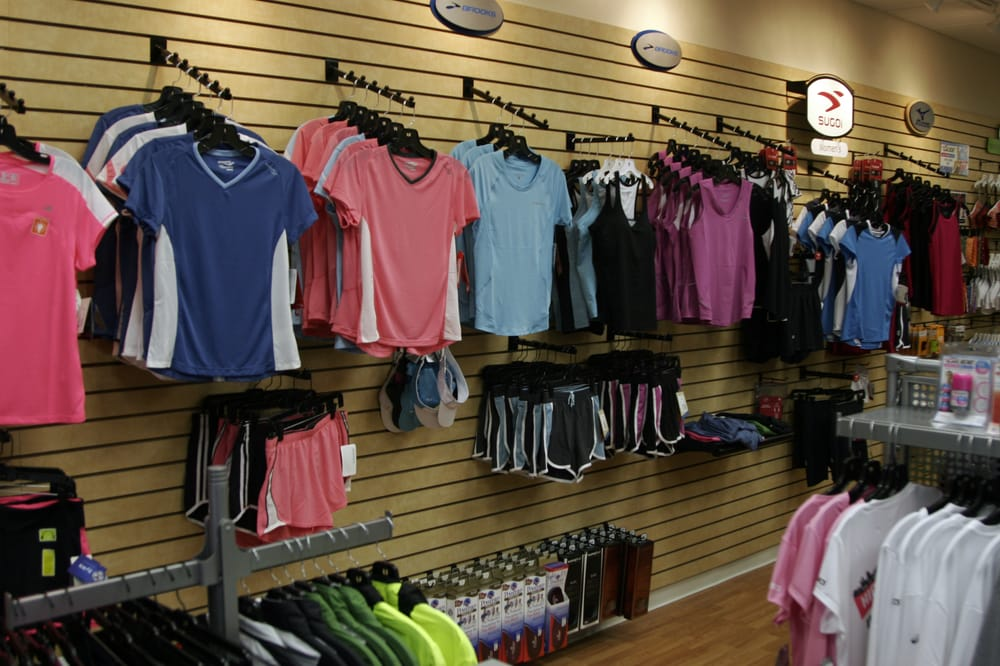 Tri-State Running Company: 148 Barnwood Dr, Edgewood, KY
