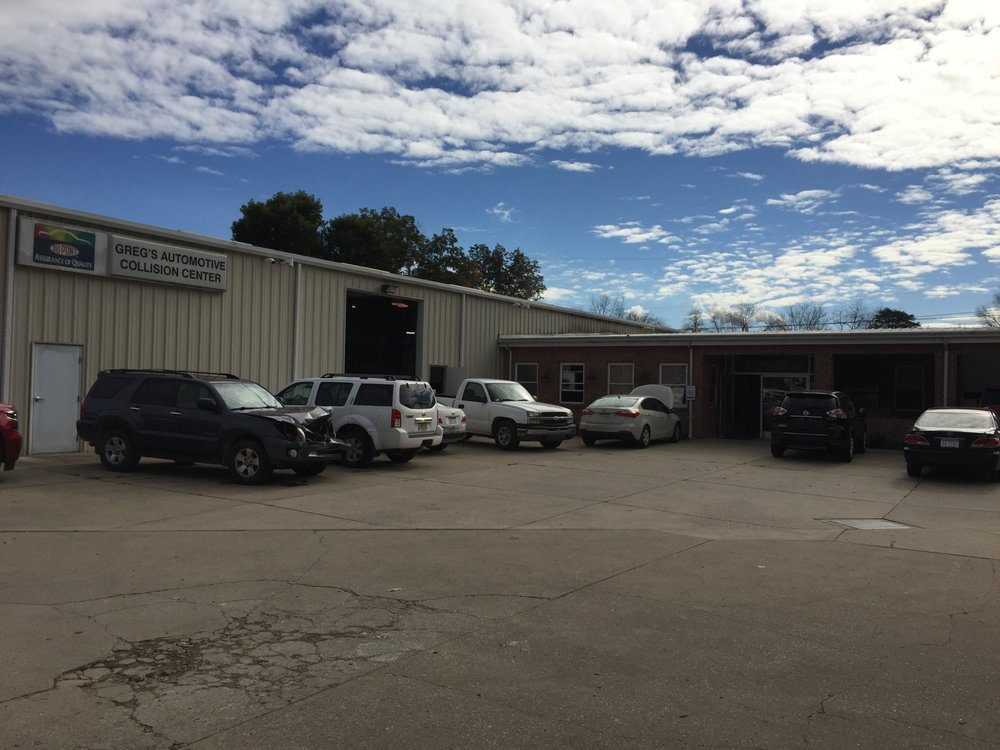 Greg's Automotive Collision Repair: 159 Garage Ln, Winfield, WV