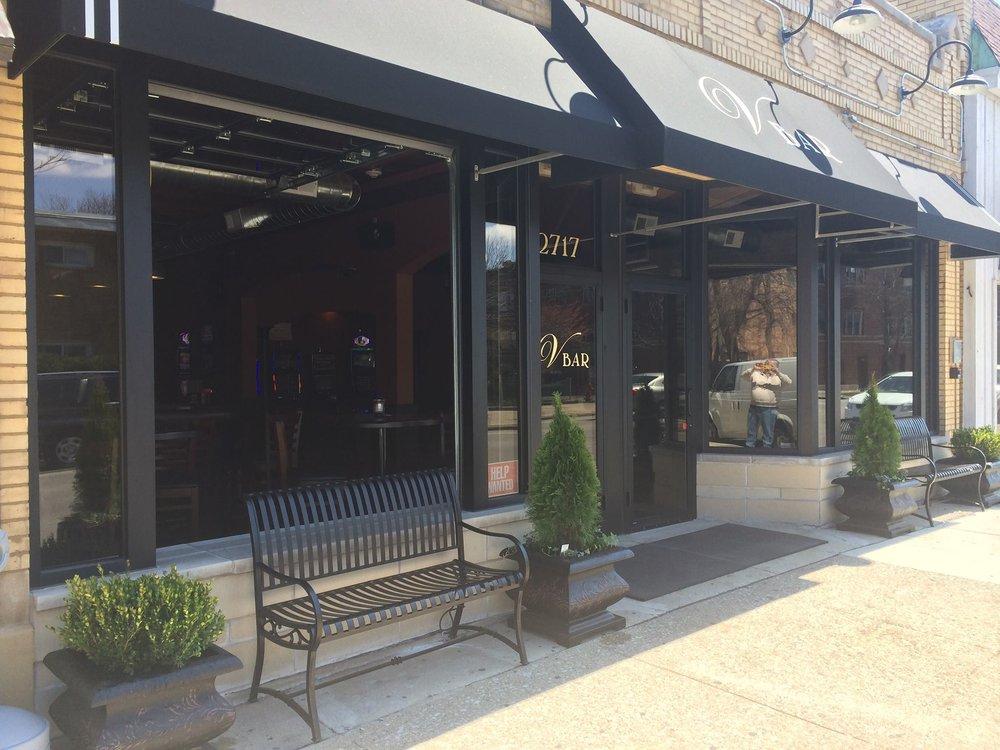 V Bar: 2717 Ridgeland Ave, Berwyn, IL