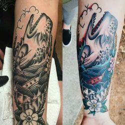 jolly rogers tattoo shop tatuagem 1375 rock quarry rd