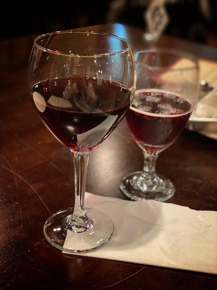 Cotton Creek Winery: 6755 Phelan Blvd, Beaumont, TX