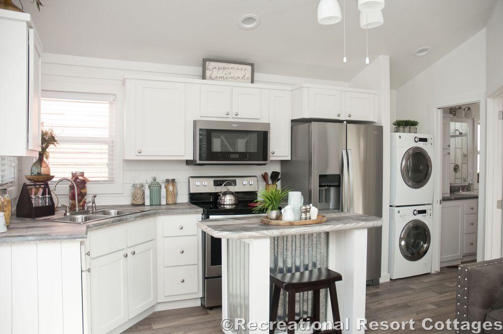 Recreational Resort Cottages: 4384 E Interstate 30, Rockwall, TX