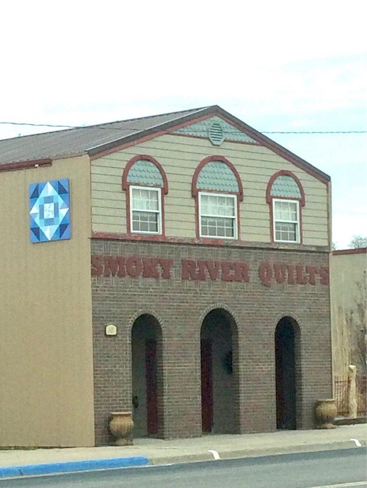 Smokey River Quilt Shoppe: 307 Center Ave, Oakley, KS