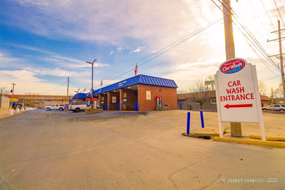 Brentwood Car Wash: 2710 Breckenridge Industrial Ct, Saint Louis, MO