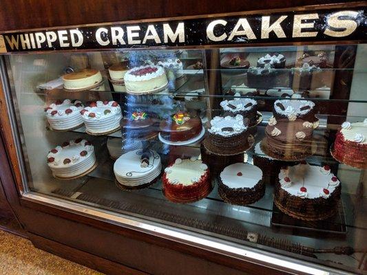 Rudy's Pastry Shop - 905 Seneca Ave, Ridgewood, Ridgewood