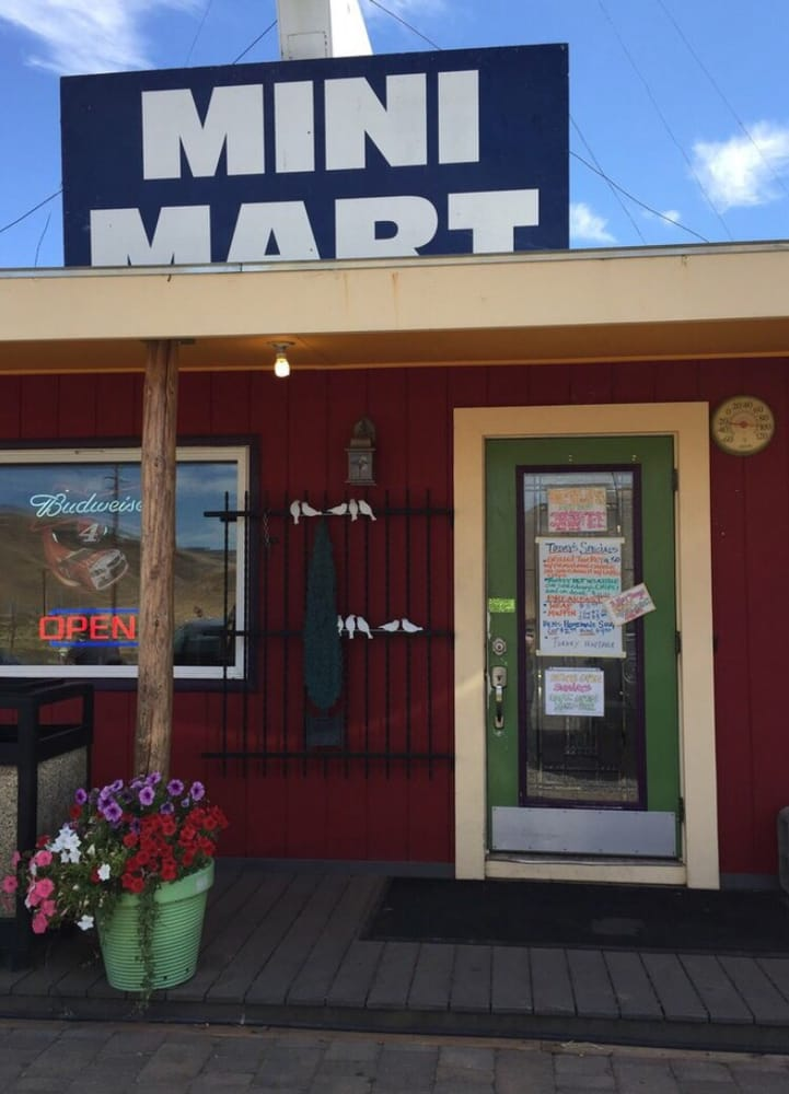 Riverview Mini Mart: 110 Frontage Rd, Roosevelt, WA