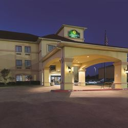 Photo Of La Quinta Inn Suites Alvarado Tx United States
