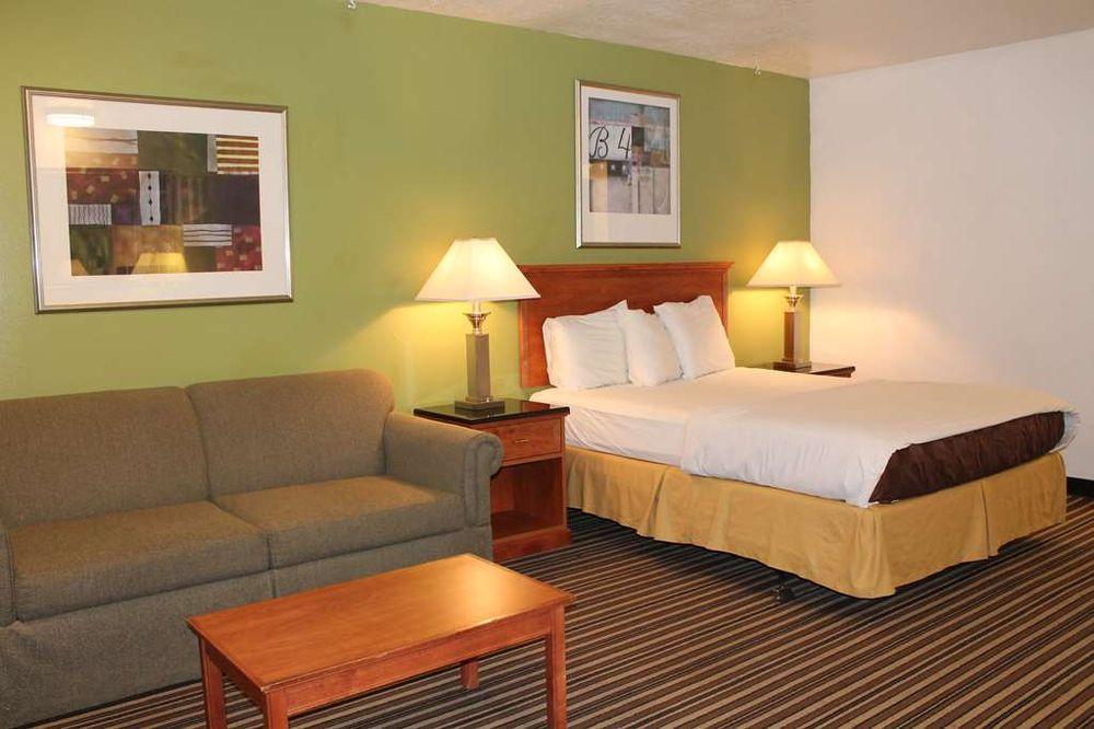 Americas Best Value Inn Boardman: 200 Front Street Northeast, Boardman, OR