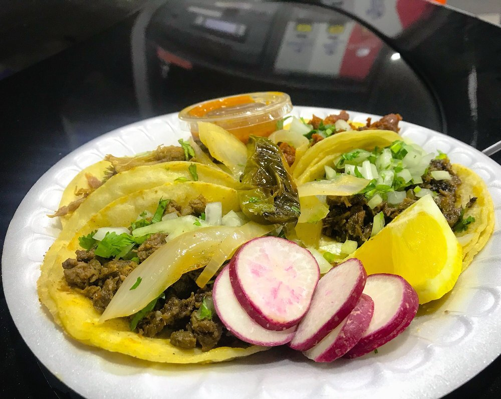 Elsy's Antojitos: 20650 Tracy Ave, Buttonwillow, CA