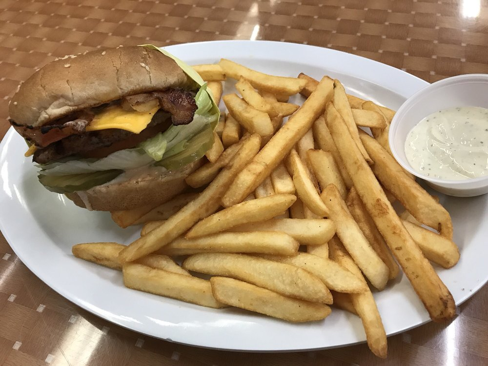 Photo of Tom's Grill: Baldwin Park, CA