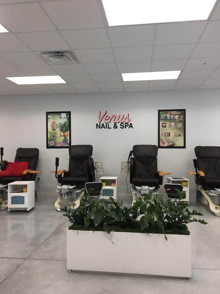 Venus Nail & Spa: 180 Town Center Blvd, Jarrell, TX