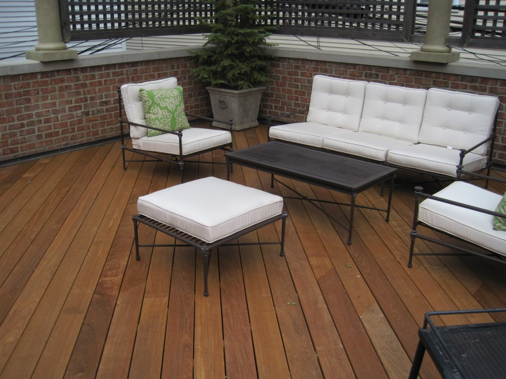 Chicago roof top deck set on garage entertain in style for Garage with deck on top