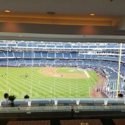 Audi Yankees Club - 74 Photos & 24 Reviews - Sports Bars - 1 E 161st