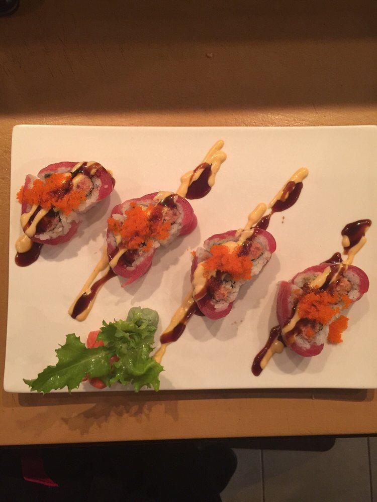 Asian Cafe: 265 Turkey Sag Trl, Palmyra, VA