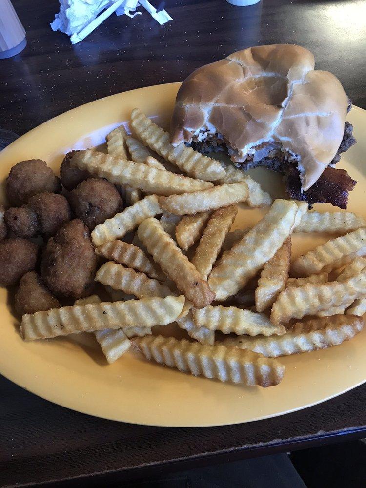 Walker's Restaurant: 109 Railroad St, Olive Hill, KY