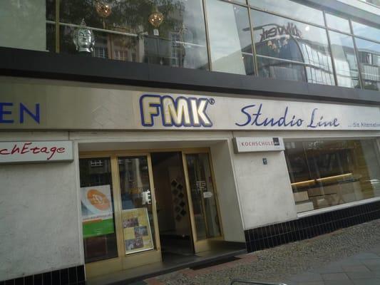 Fmk Einbaukuchen Kitchen Bath Kantstr 151 Charlottenburg