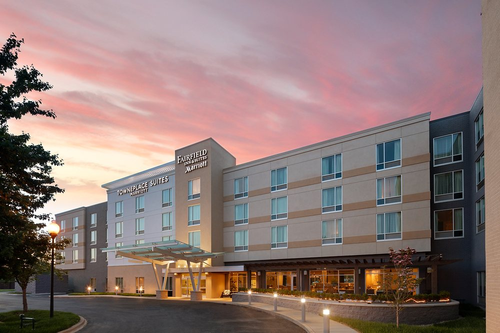 TownePlace Suites by Marriott Louisville Northeast: 10110 Champions Farm Dr, Louisville, KY