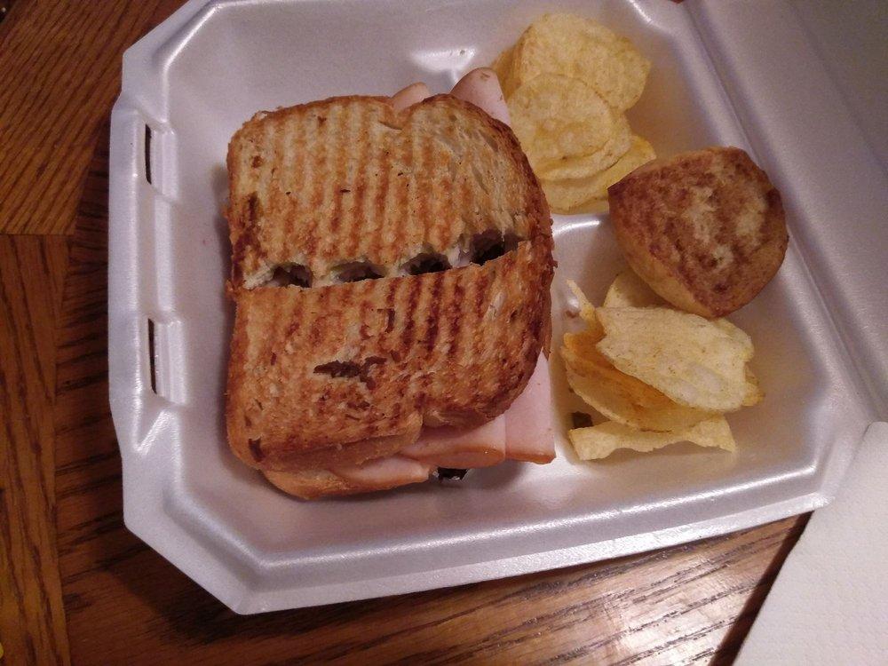 Food from Gidgets Sandwich Shack