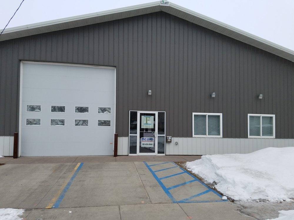 Fargo Liquidators: 1501 1st Ave S, Fargo, ND