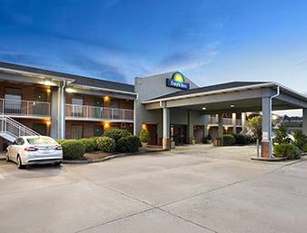 Days Inn by Wyndham Kuttawa/Eddyville: 139 Days Inn Drive, Kuttawa, KY